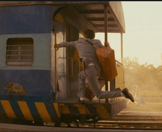 Картинки по запросу фото успел в уходящий поезд